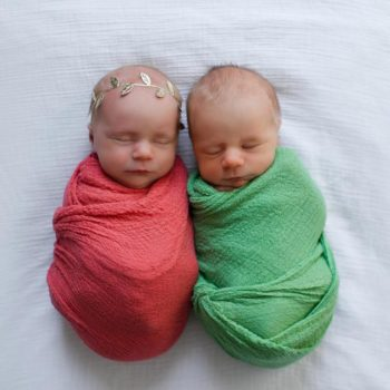 This photo shoot of twins before one passed away is the saddest and most beautiful thing