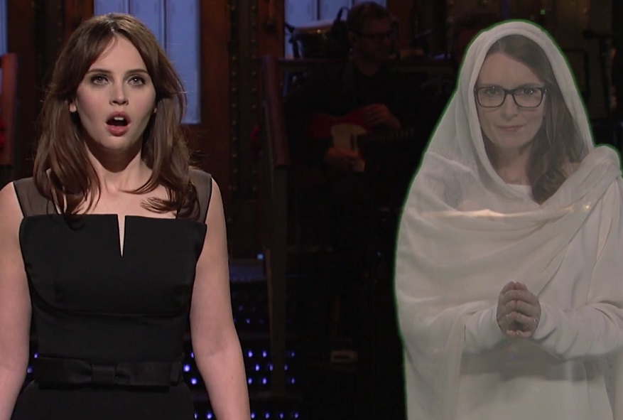 "Tina Fey made a surprise appearance on ""SNL"" to send Felicity Jones a dire warning"