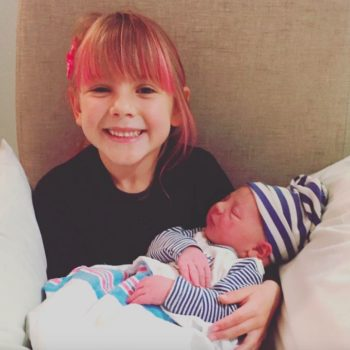 Pink threw her daughter a party to celebrate becoming a big sister, and we LOVE this idea