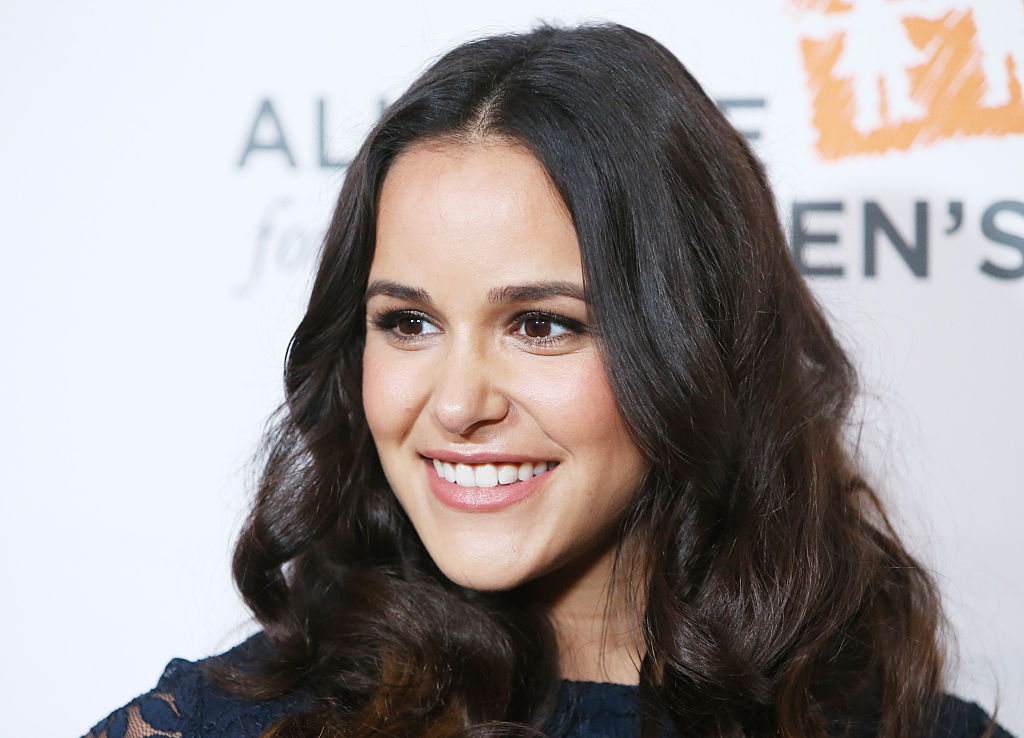 Melissa Fumero just posted THE most relatable selfie, and it's really *so* us