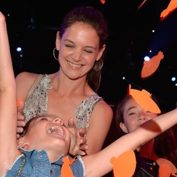 Katie Holmes and Suri Cruise went on a mother-daughter date to the Lakers game