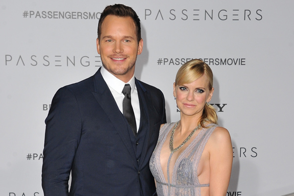"Chris Pratt reveals why working with wife Anna Faris on ""Mom"" was the best job he's worked on and it's so cute"
