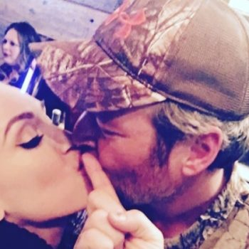 "Gwen Stefani posted the sweetest message to Blake Shelton when ""A Guy with A Girl"" hit number one"