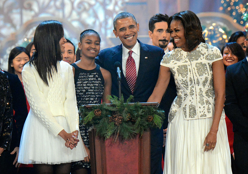 The Obama family's 20 best moments are making us miss them already