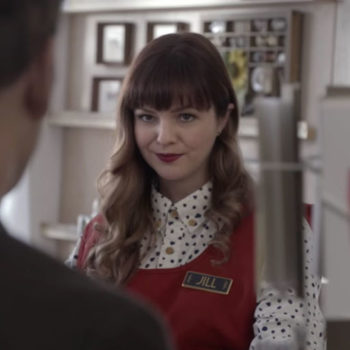 The trailer for Netflix's latest movie has everything: murder, mystery, Valentine's Day, and Amber Tamblyn