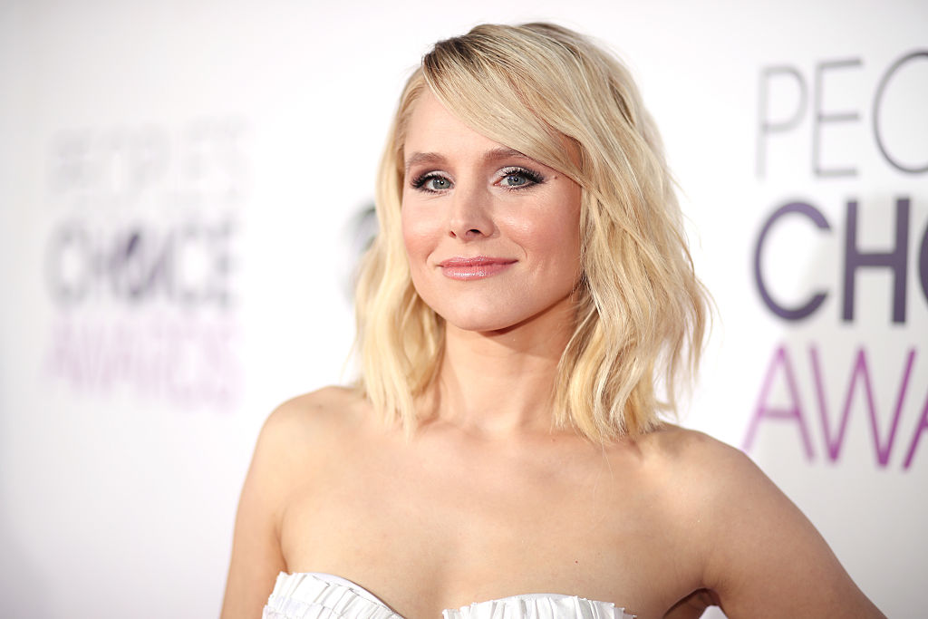 Kristen Bell wore a metallic mermaid jumpsuit to the People's Choice Awards