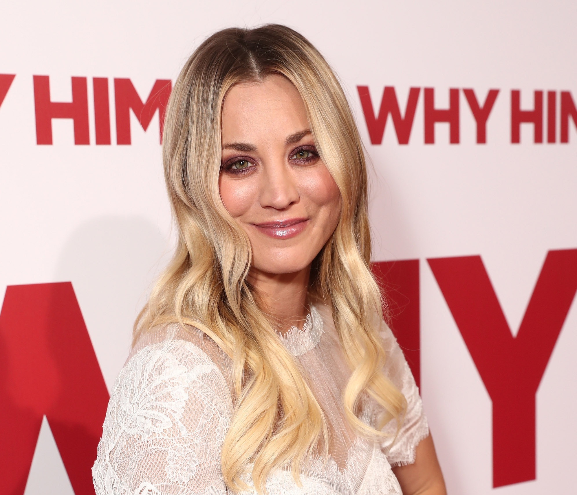 Kaley Cuoco wore one of our all-time favorite color combos to the People's Choice Awards