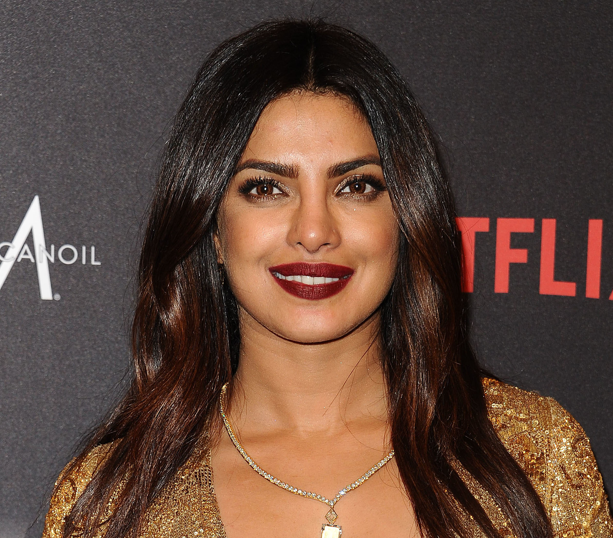 Priyanka Chopra looked as pretty as a Georgia peach on the People's Choice red carpet