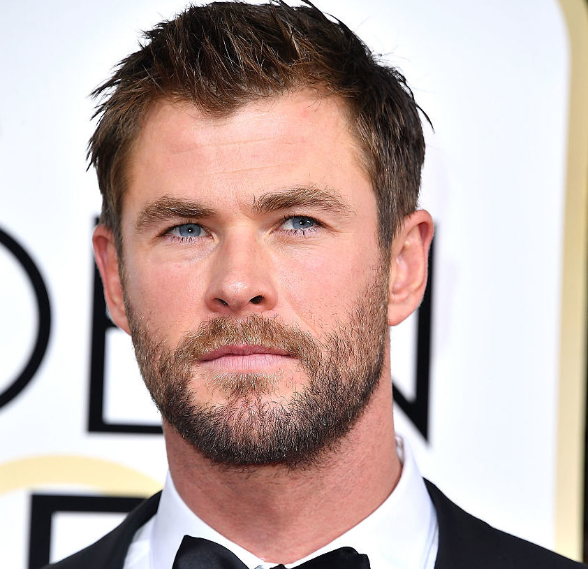 Chris Hemsworth just pulled off a sports feat we cannot believe, and we've watched it six times