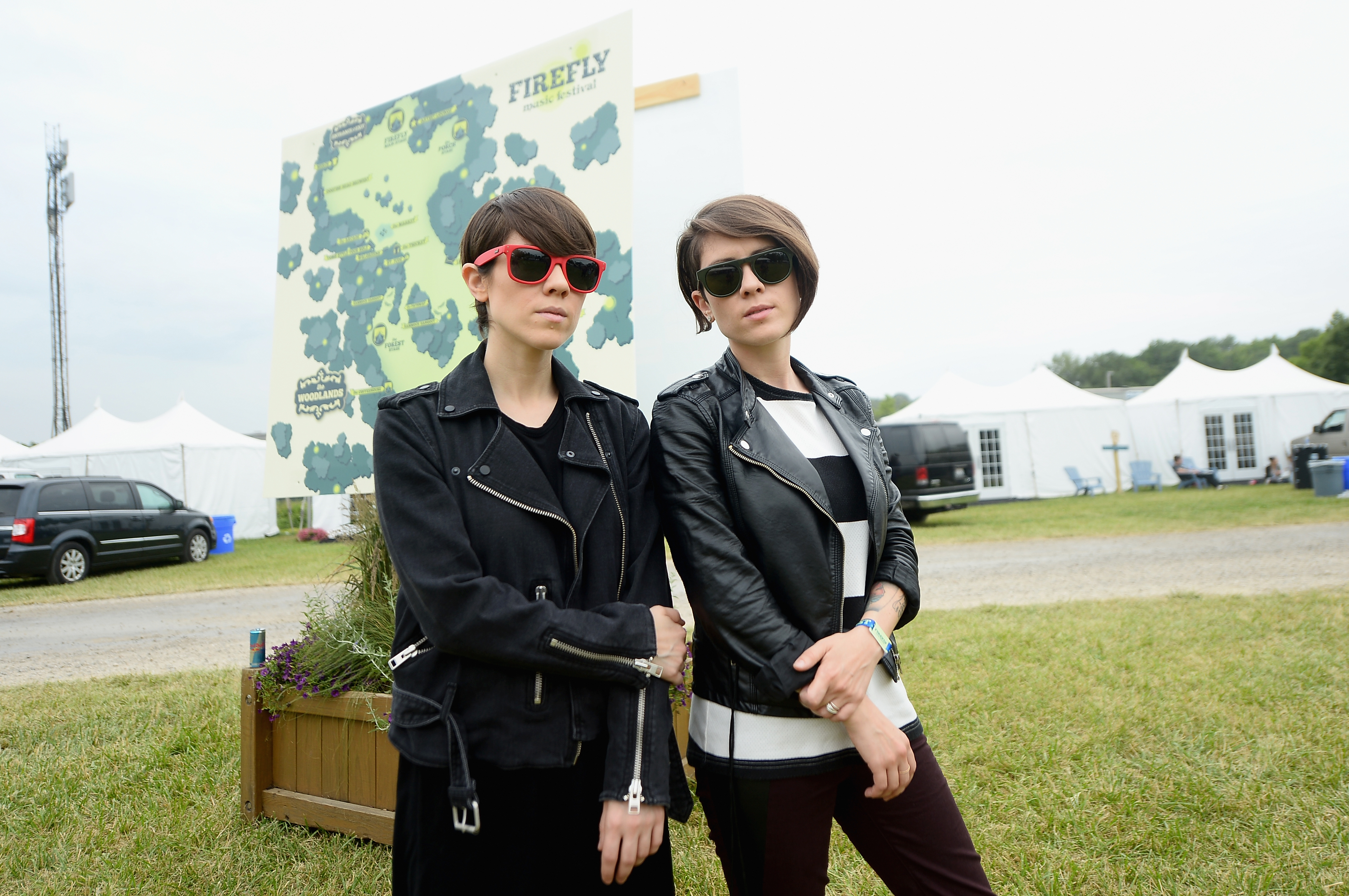 Tegan and Sara hung out with Hayley Kiyoko, and as you might guess, it looked like the best time ever