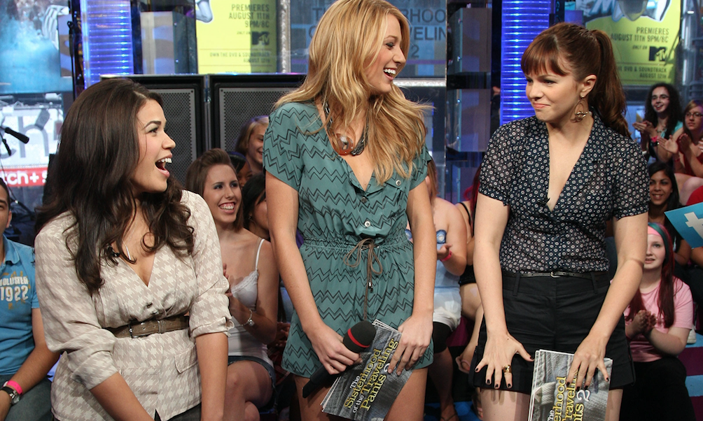 The Sisterhood of the Traveling Pants reunited AGAIN this weekend and we somehow totally missed it