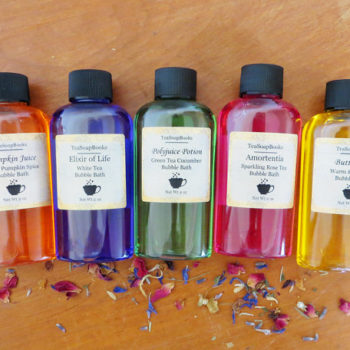 "This ""Harry Potter""-themed bubble bath set is a self-care fantasy"