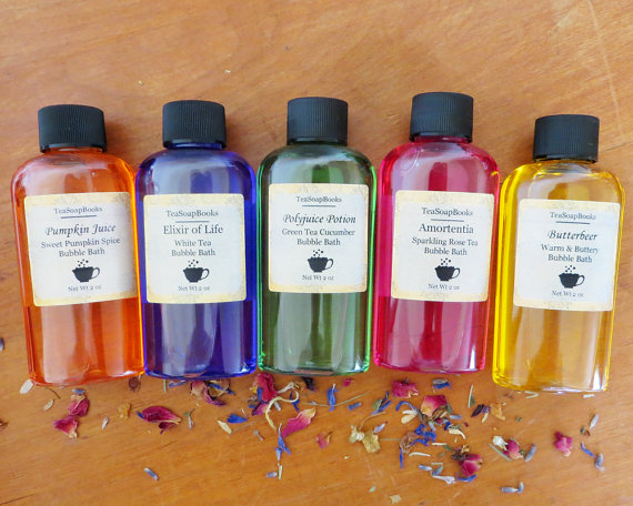 """This """"Harry Potter""""-themed bubble bath set is a self-care fantasy"""