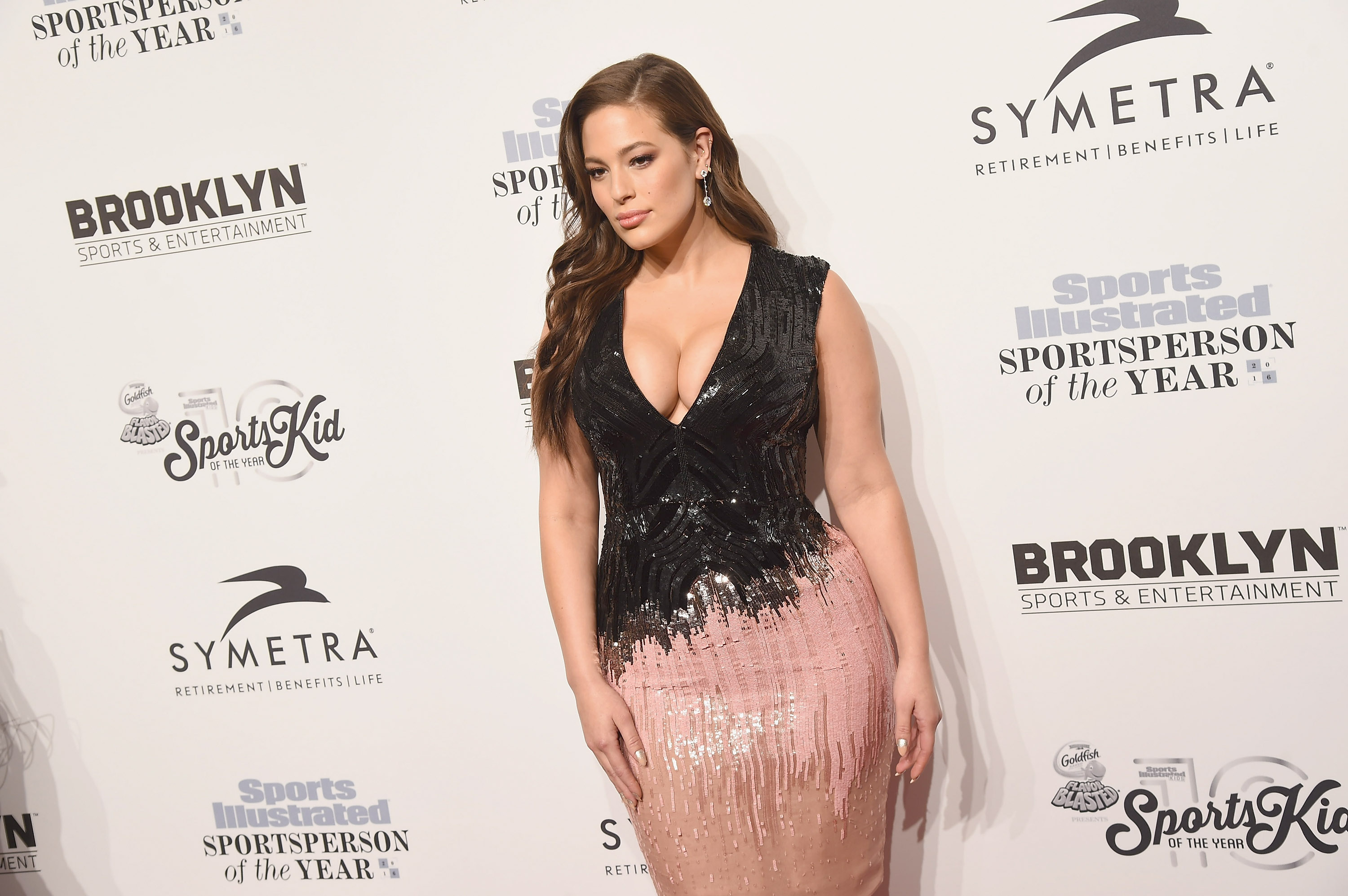 Model Ashley Graham just perfectly NAILED why we should not be ashamed of cellulite