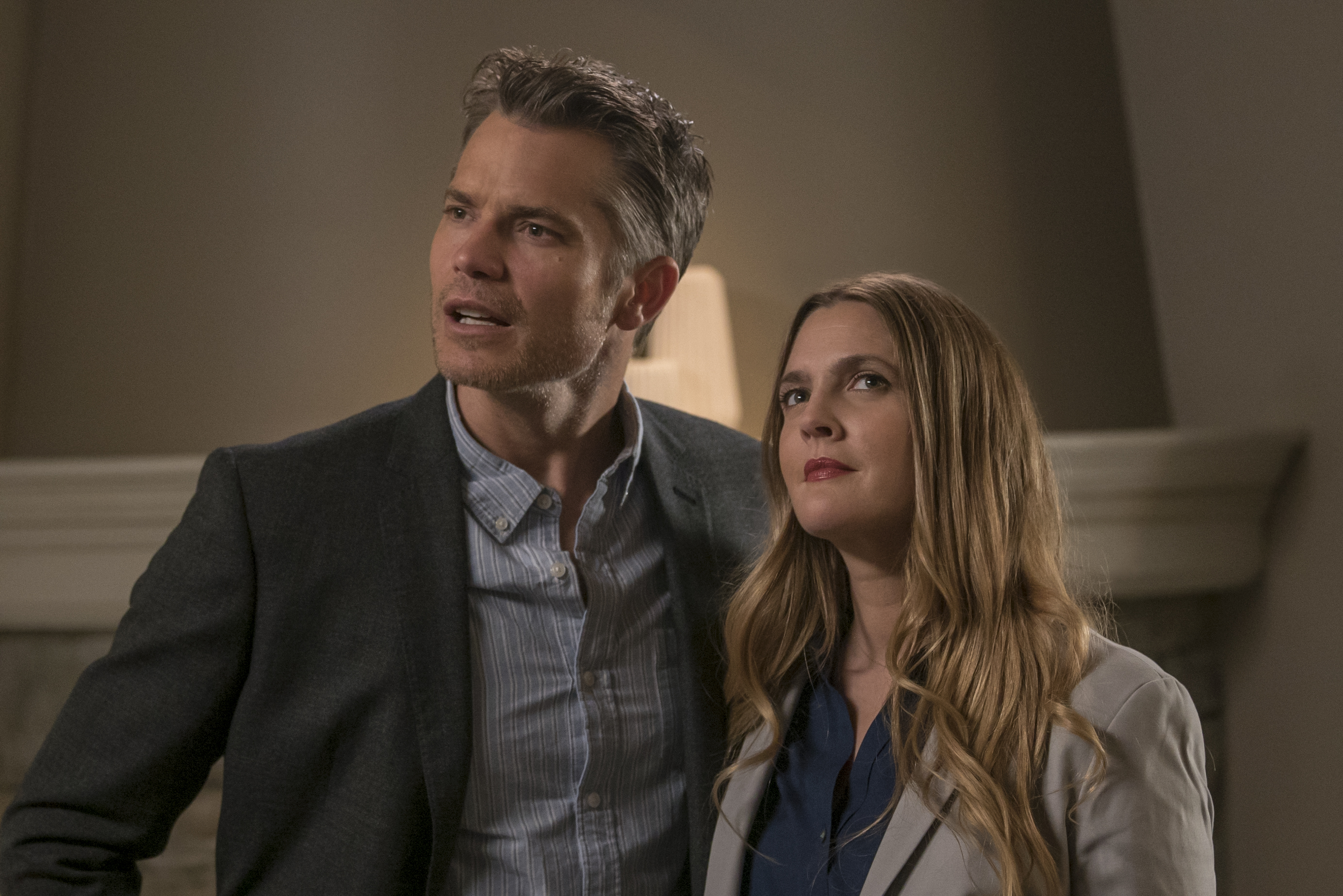 "Zombie Drew Barrymore has the *perfect* family in this new ""Santa Clarita Diet"" featurette"
