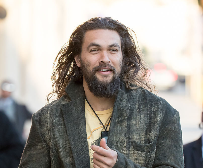 Aquaman Jason Momoa is adorably bad at keeping secrets