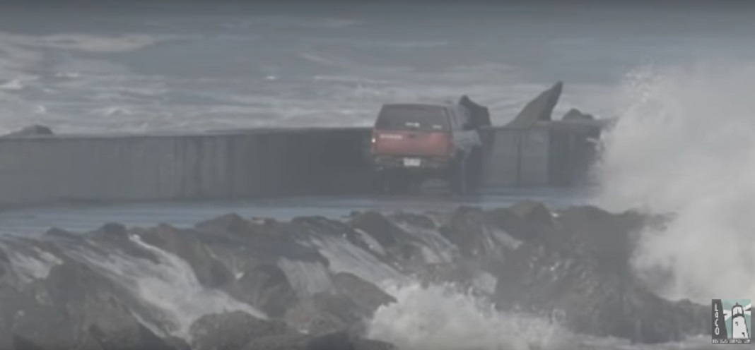 This man drove his truck onto a California jetty and experienced the wrath of extreme ocean waves