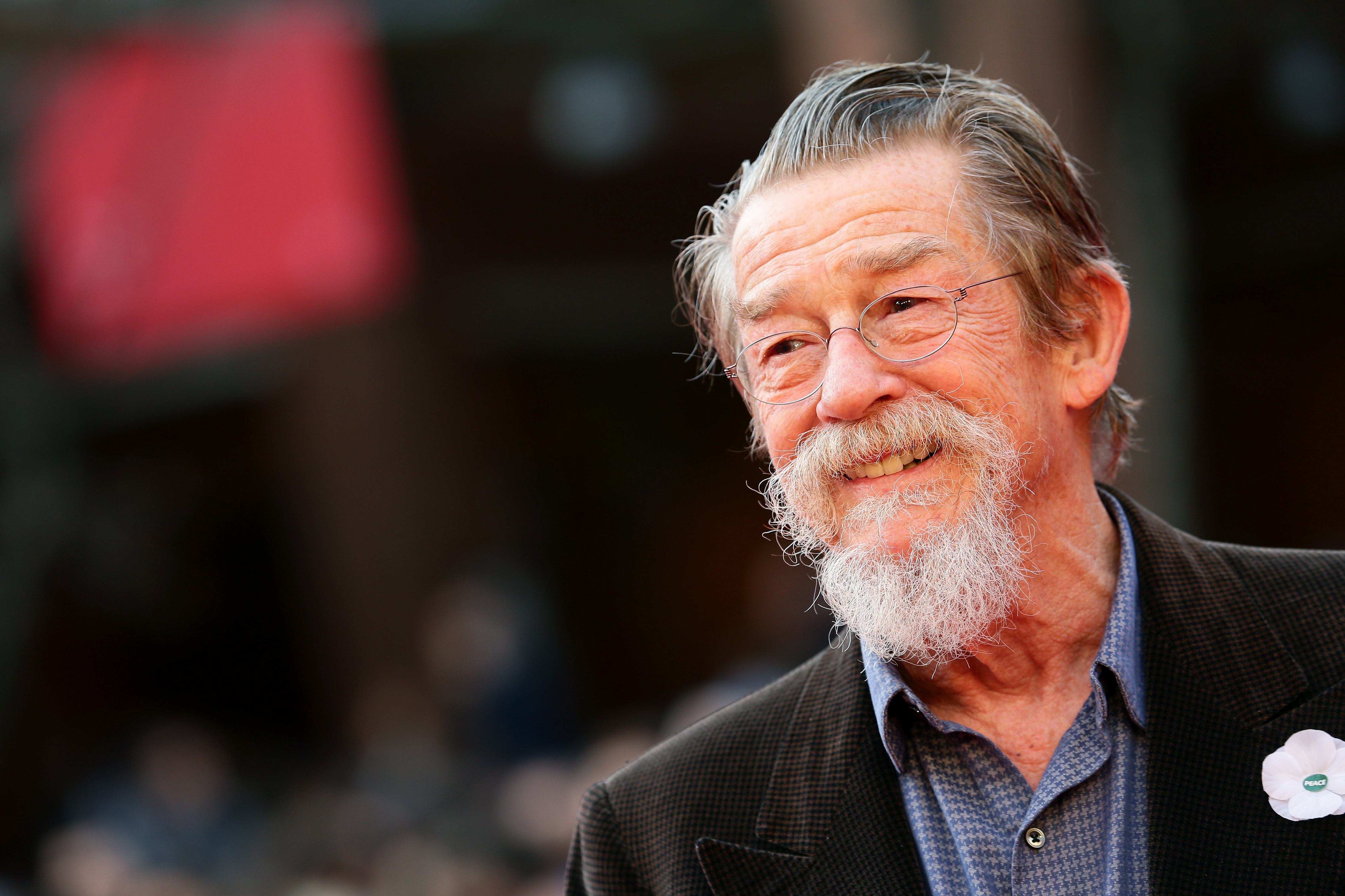 """""""Harry Potter"""" star John Hurt has passed away, and our thoughts are with his family"""
