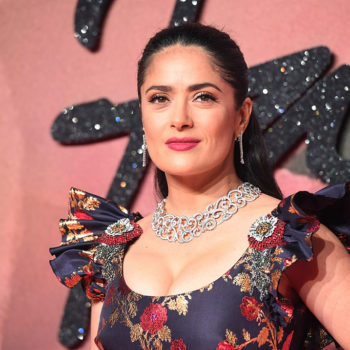 Salma Hayek wore a pink wig at Cannes, and we need to copy this look ASAP