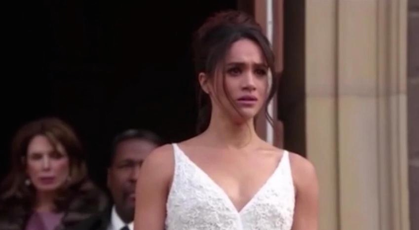 """Meghan Markle's wedding dress from """"Suits"""" is royally perfect"""