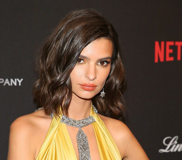 Emily Ratajkowski looks like a chic black and white cookie in this gorgeous gown