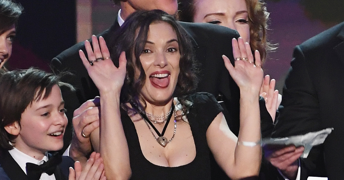 "Winona Ryder's reactions to ""Stranger Things"" winning a SAG Award is a masterclass in expressing your emotions"