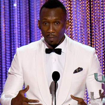 """What """"Moonlight's"""" Mahershala Ali said about being Muslim during his SAG Awards acceptance speech will bring a tear to your eye"""