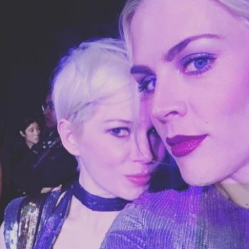 These candid SAG Awards photos of Michelle Williams and Busy Philipps perfectly capture their BFFship