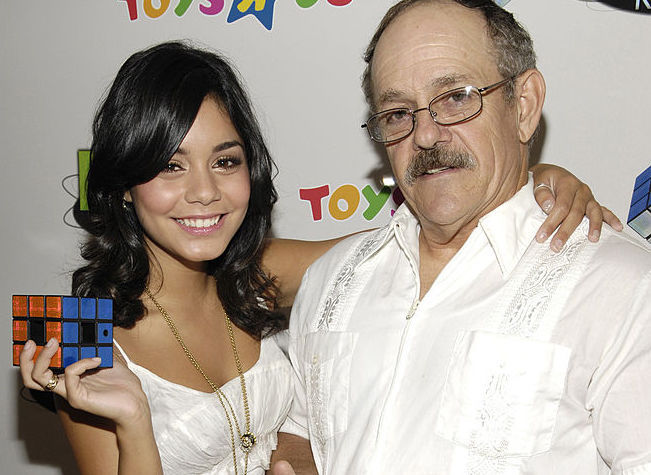 Vanessa Hudgens paid tribute to her late father on Instagram and it's so touching