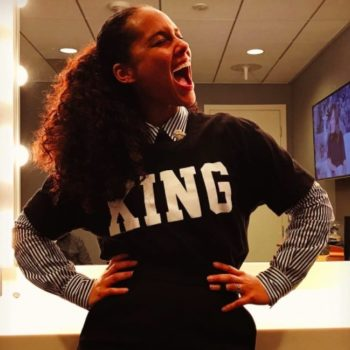 """Alicia Keys discussed the whole """"women are catty"""" cliché, and this deserves a standing ovation"""