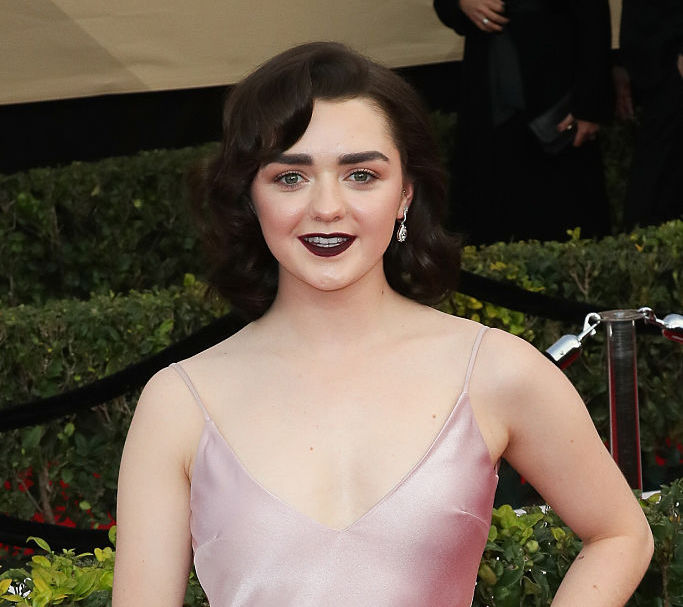 Maisie Williams' SAG Awards shoe change is one Arya Stark would approve of