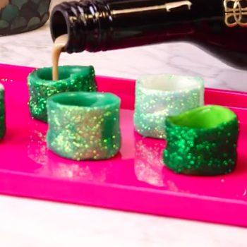 Airhead glitter shots are a thing, and where have they been all our lives?!