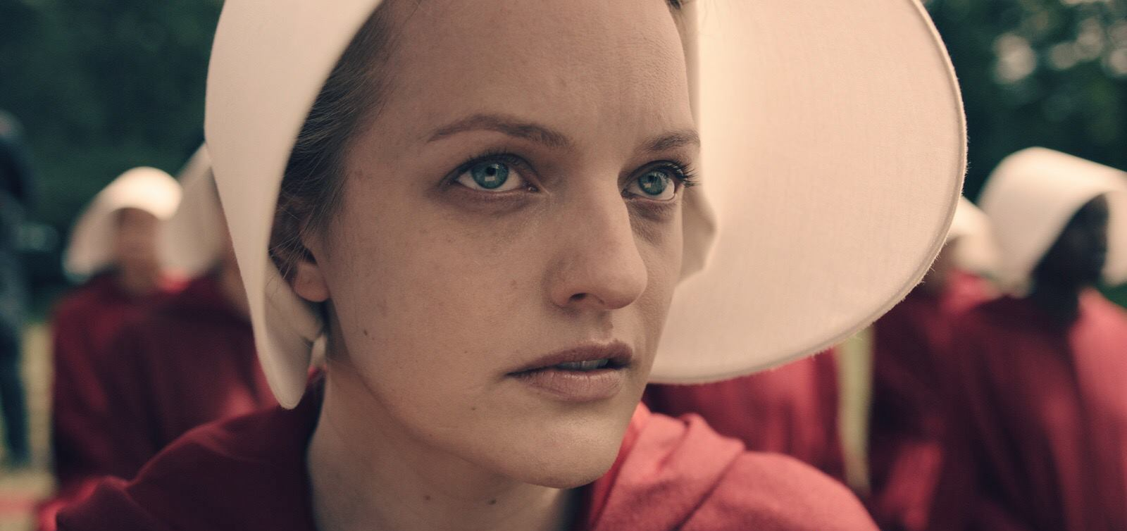 """Take a deep breath, the full trailer for """"The Handmaid's Tale"""" is the scariest thing you'll see today"""