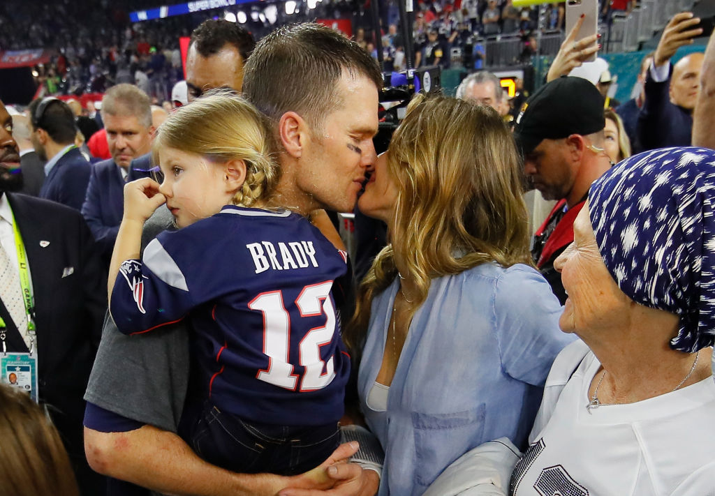 Gisele Bündchen freaked out when Tom Brady won his 5th Super Bowl, and hey, we can't blame her