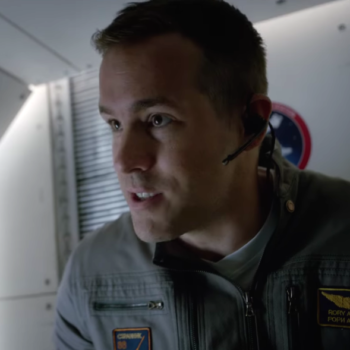 "In space, no one can hear Ryan Reynolds scream in the trailer for ""Life"""