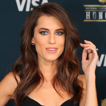 Allison Williams dyed her hair bright blonde and wow!