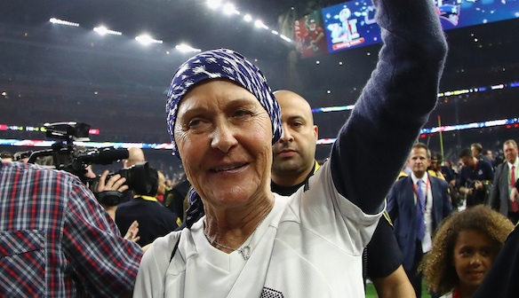 Tom Brady opened up about his mom's cancer, and we truly feel for him