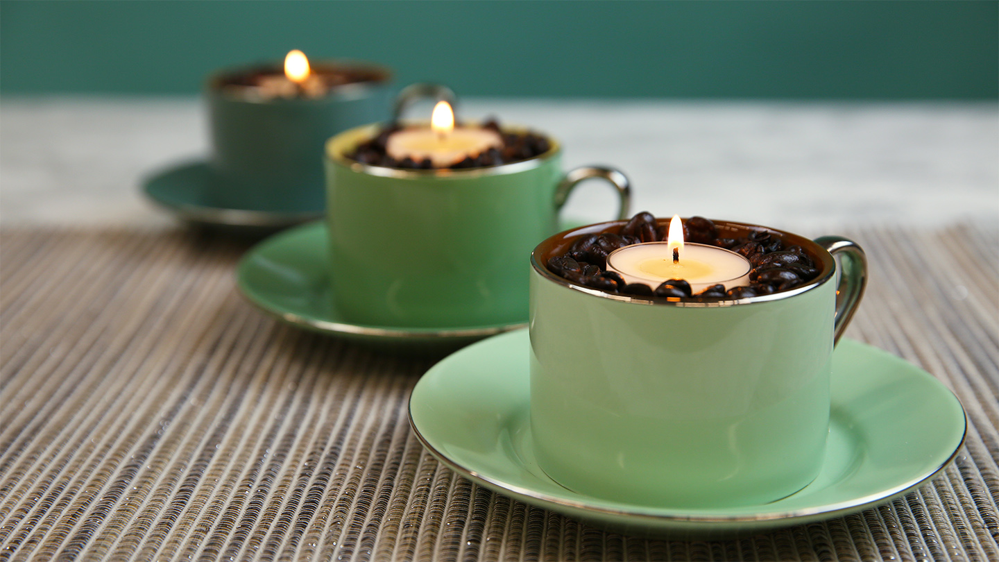 This hack will keep your room smelling like coffee all day