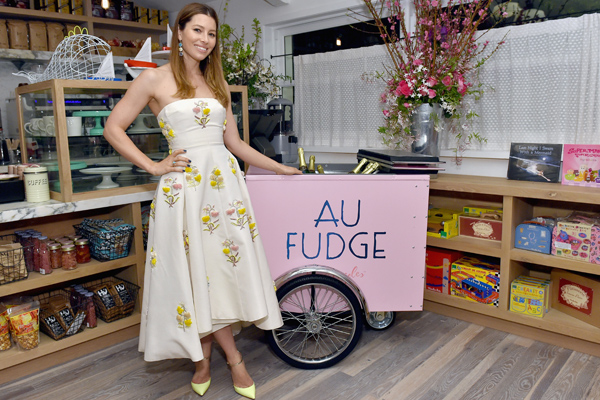 You can now buy chocolate online from Jessica Biel's amazing restaurant