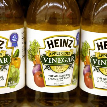 Does apple cider vinegar help acne? It's kind of a miracle tonic