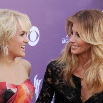 Carrie Underwood and Faith Hill are TOTALLY twinning at the Grammys, because clearly great country minds think alike