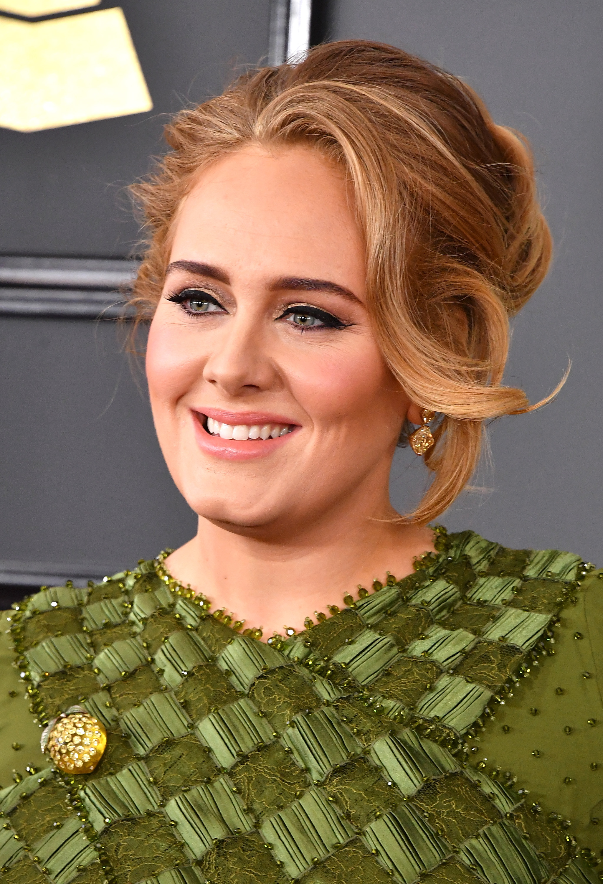 OMG Adele's Grammys dress is the lushest green we've seen in forever