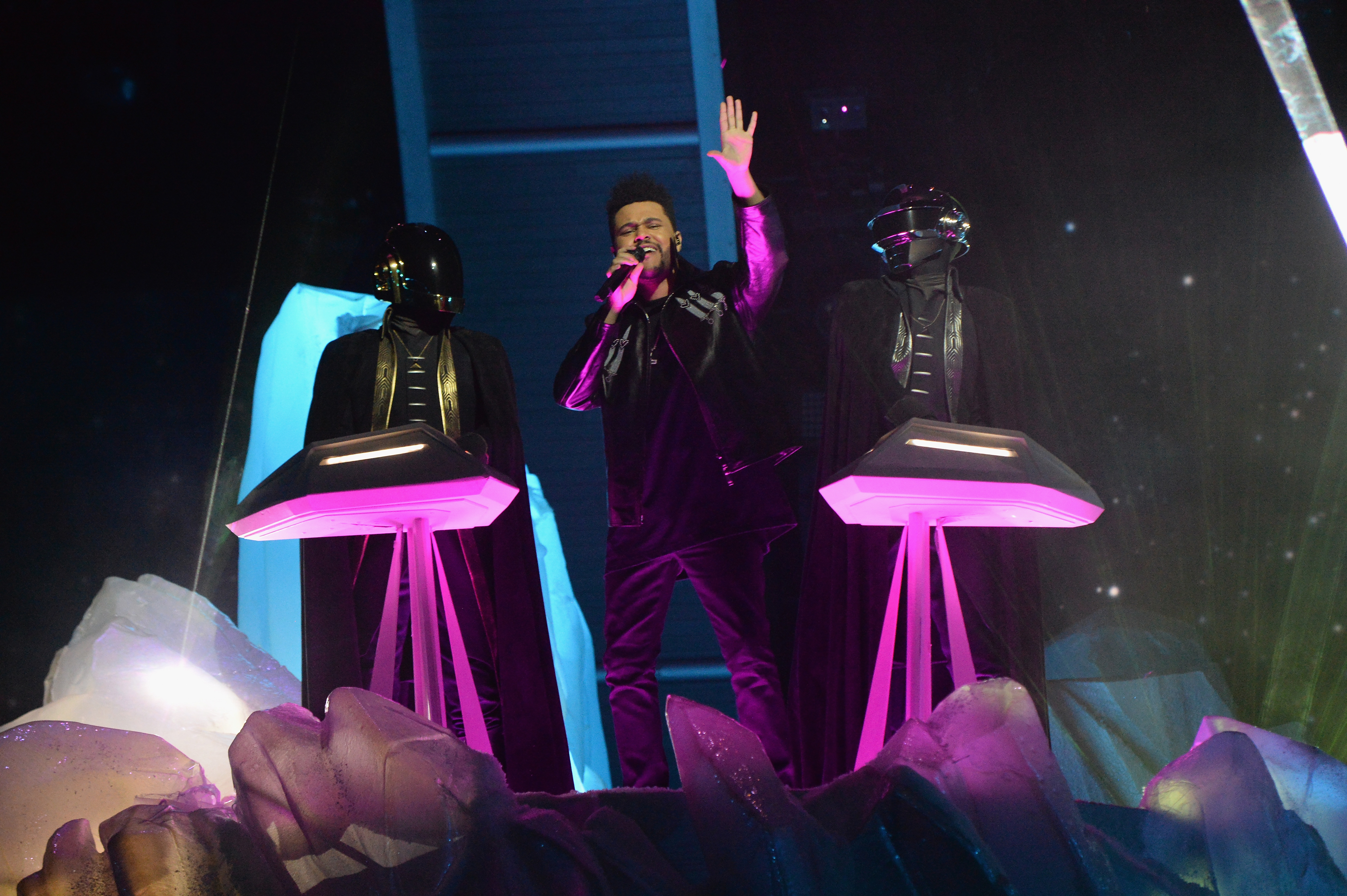 The Weeknd's Grammys performance with Daft Punk was *so* good, let's all relive it right now