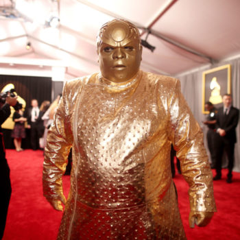 People are making memes of Beyoncé and Cee Lo Green's Grammy looks, and we can't stop lol'ing