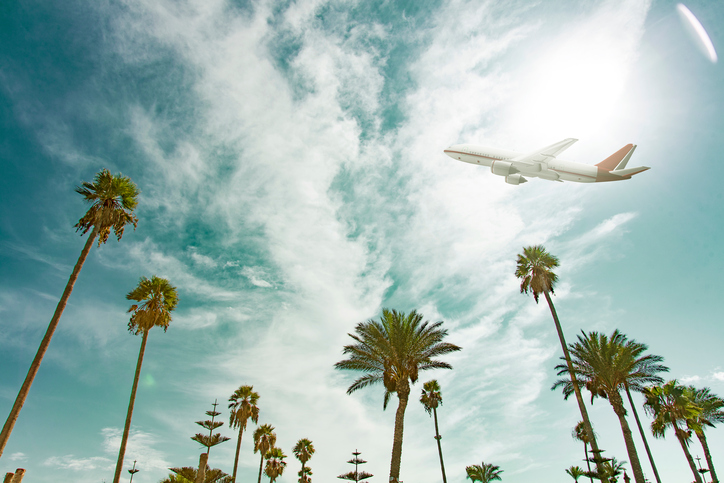 These cross-country airline tickets are starting at $20, so BRB booking a flight right now
