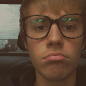 Justin Bieber was sad on Valentine's Day, so here's a hug from all of us!
