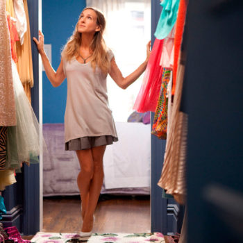 """How much Carrie Bradshaw's """"really big closet"""" would actually cost in Manhattan"""