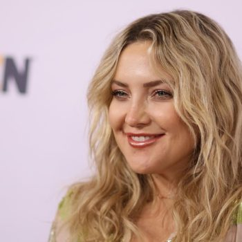"""Kate Hudson sang Rihanna's """"Love on the Brain,"""" in case you forgot how incredible she is at singing"""