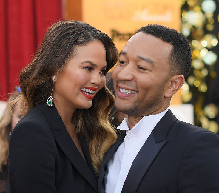 Chrissy Teigen refreshingly explains why she and John Legend aren't always #RelationshipGoals
