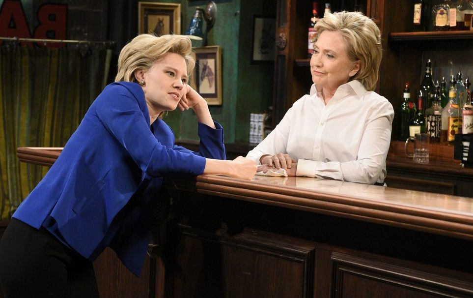 Hillary Clinton just had dinner with Kate McKinnon and OMG